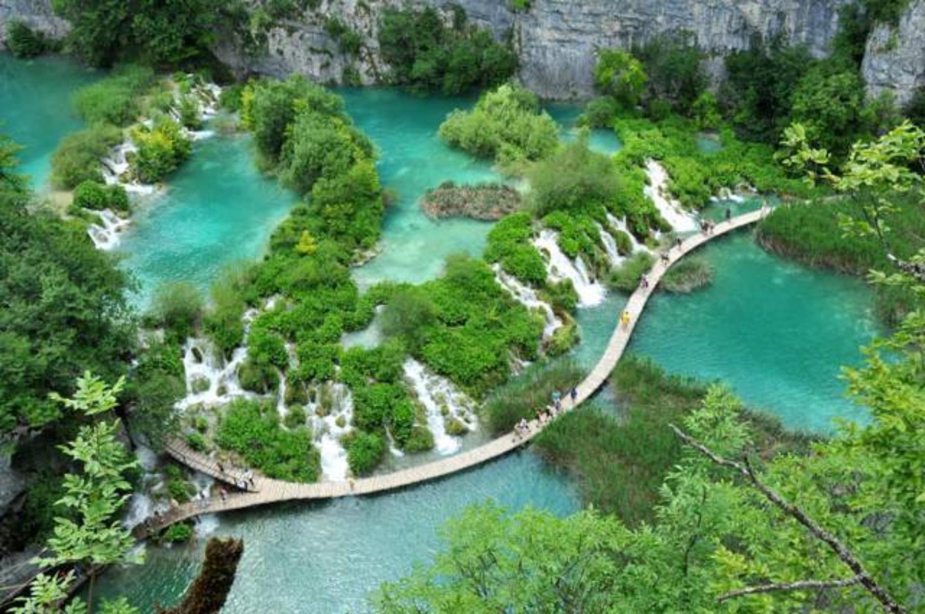 Il meraviglioso Parco Nazionale dei Laghi di Plitvice Autore articolo