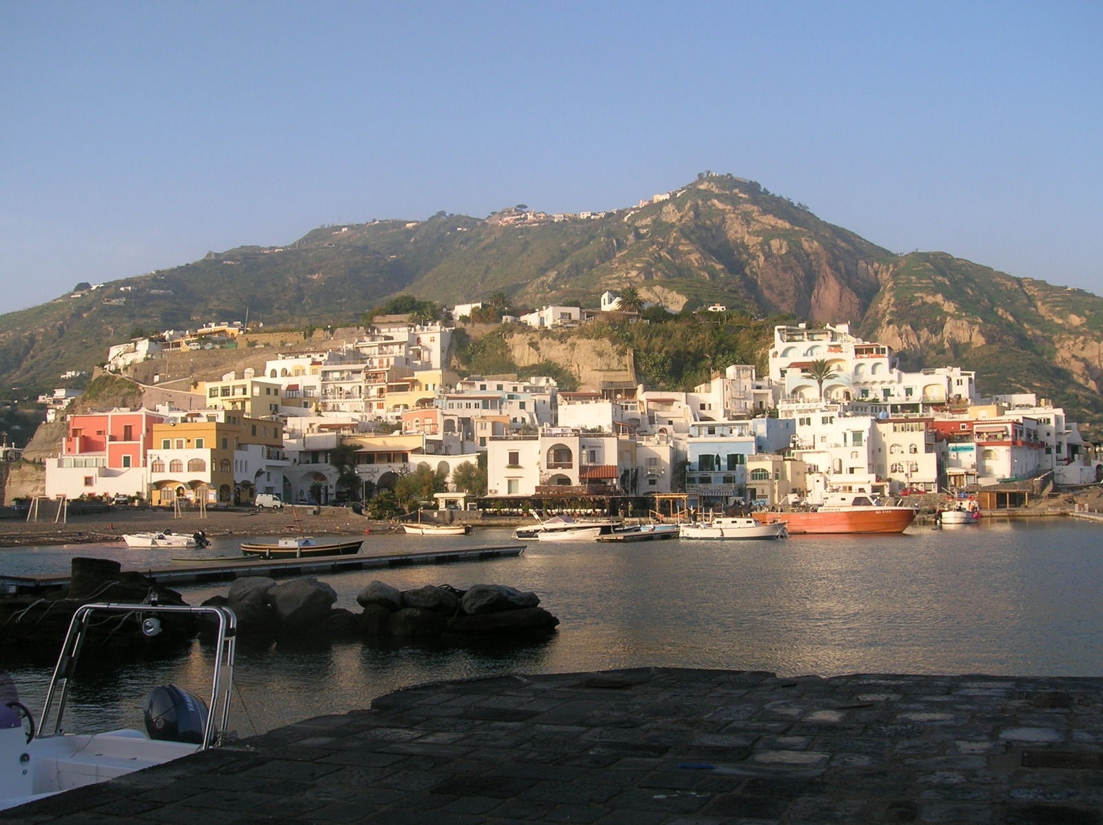 ischia3-1600267338.jpg