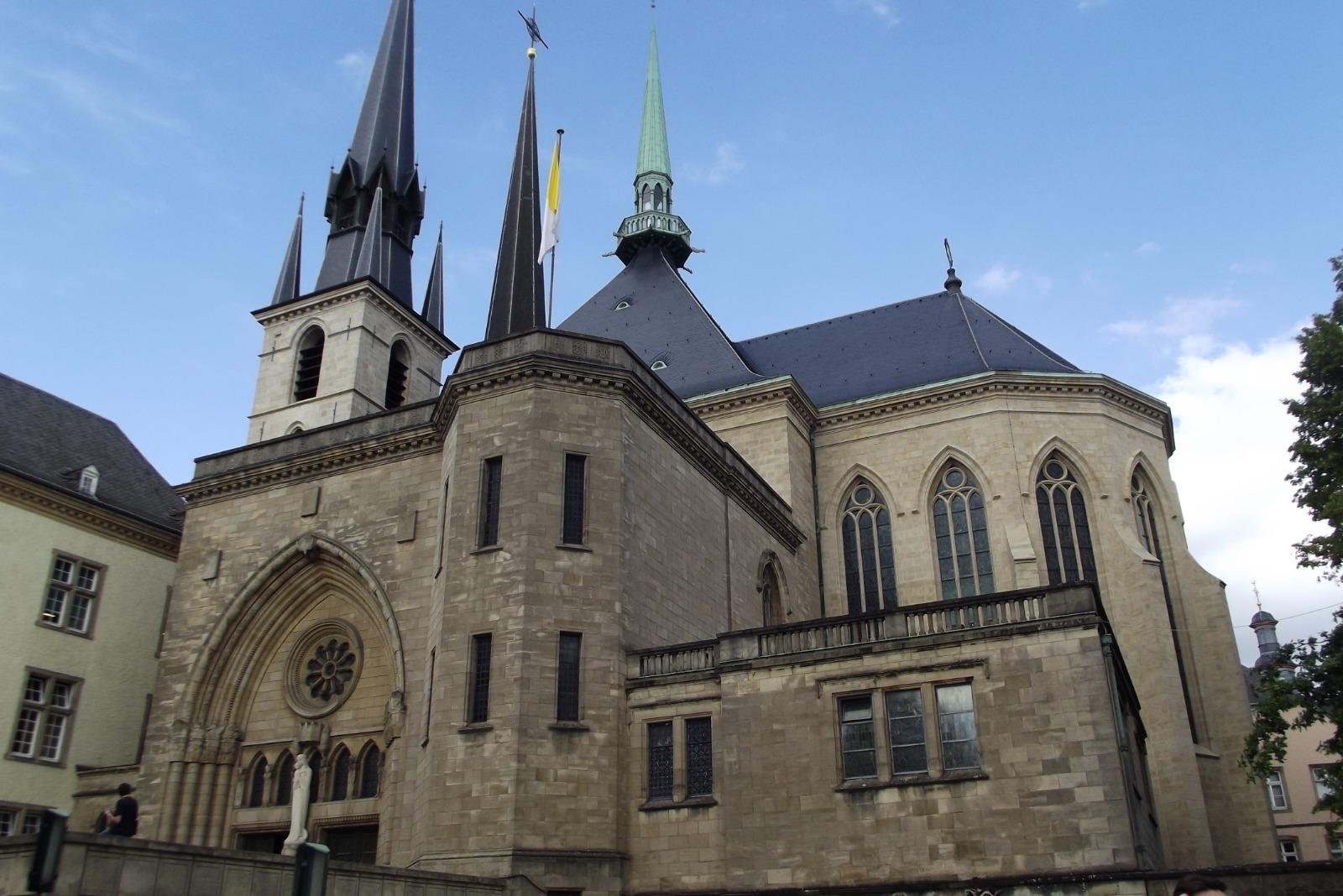 belgioelussemburgo1-1600418556.jpg